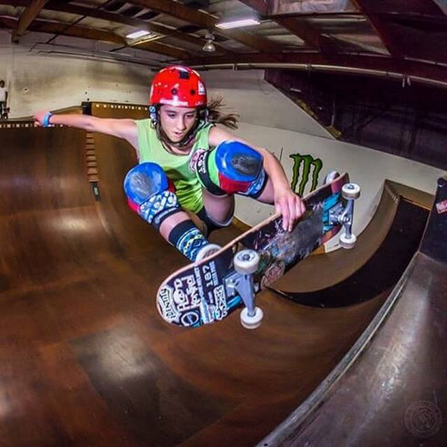 arianna carmona, skateboarder