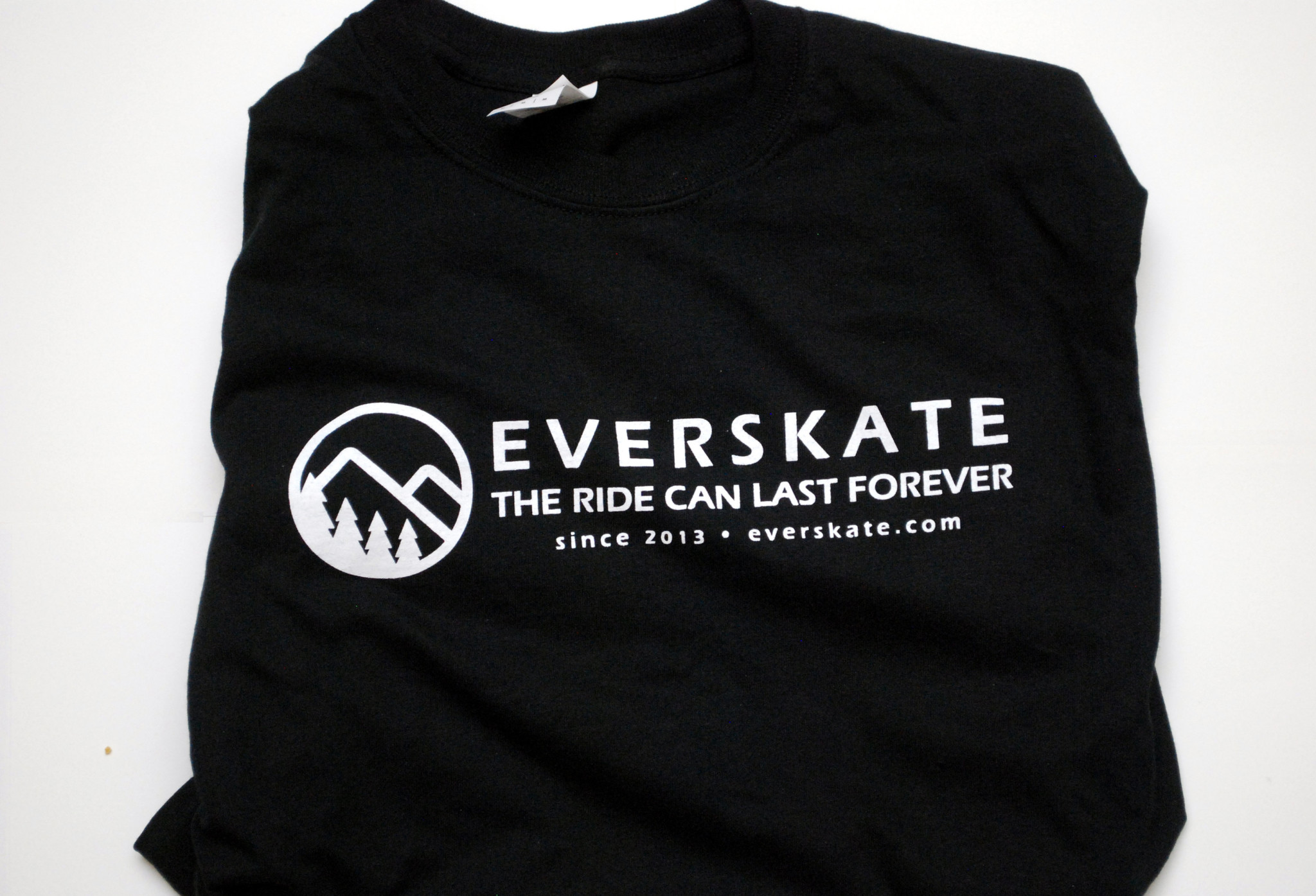 thrasher shirt, skateboard, shirt, clothes